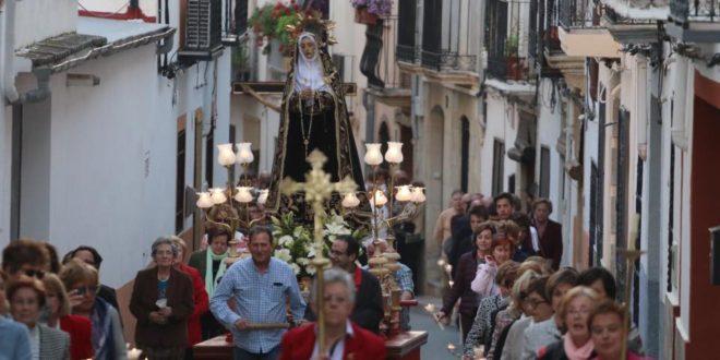 Benilloba también celebró la Procesión del Viernes Santo