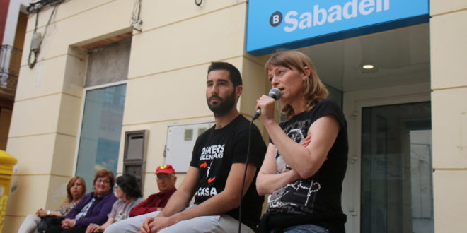 Benilloba se opone al cierre de la sucursal del Banco Sabadell