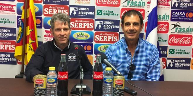 El Alcoyano presenta a Toni Aparicio como nuevo entrenador