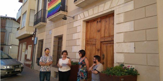 Muro y Cocentaina reivindican los derechos LGTBI