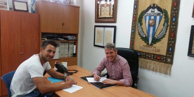 Carlos Barreda renueva para una temporada más en el Alcoyano