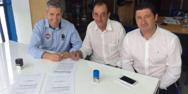 El Alcoyano firma un convenio con el Beniarrés CF