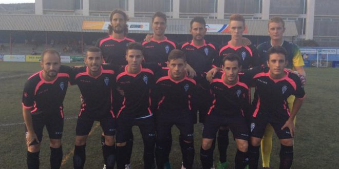 El Alcoyano empató 1-1 ante el Rayo Ibense en El Collao