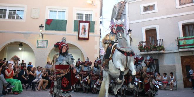 Benilloba vive sus Fiestas de Moros y Cristianos
