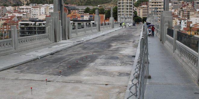 Guanyar revela que hubo sobrecostes en las obras del Puente de San Jorge