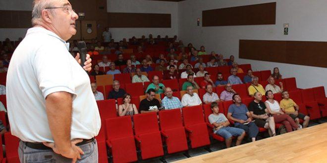 La Unió de Llauradors informa en Benilloba sobre la Xylella fastidiosa