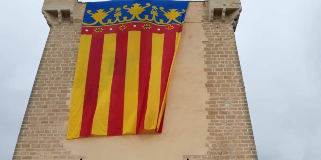 La Reial Senyera ondeó por primera vez en el Castillo de Cocentaina
