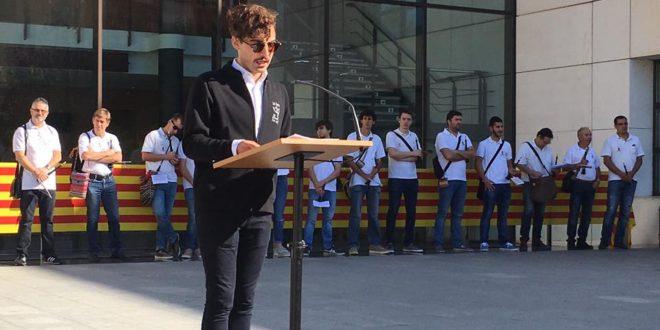 Teló Teatre protagoniza la lectura del manifiesto del 9 d´Octubre en Cocentaina