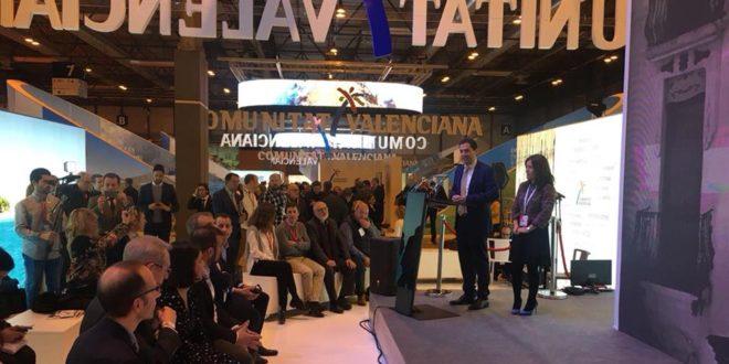 Alcoy presenta sus atractivos turísticos en FITUR