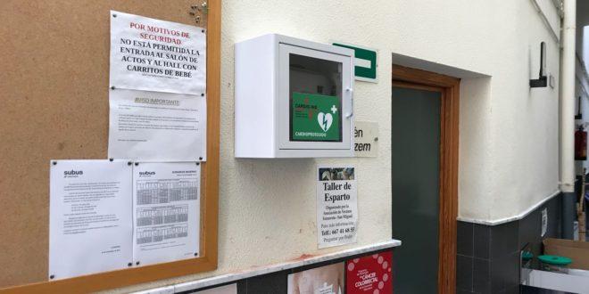 Ibi instala cinco desfibriladores en varios edificios municipales