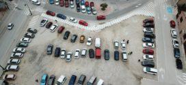 Alcoy reordena los aparcamientos en la Plaza Al-Azraq de Alcoy