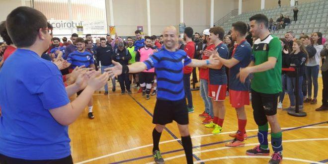 Los Cruzados se imponen en Fútbol Sala en el Trofeu Filaes