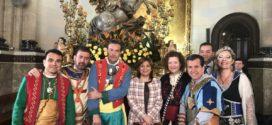 Isabel Bonig visita Alcoy en el día del patrón