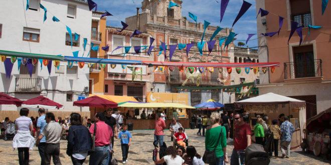 Más de 200 expositores se dan cita en la Feria de San Isidro de Castalla