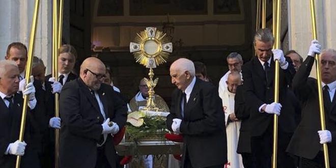 Alcoy mantiene viva la tradición del Corpus Christi