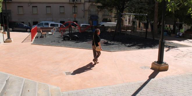El parque de la Font de L'Horta renueva su imagen
