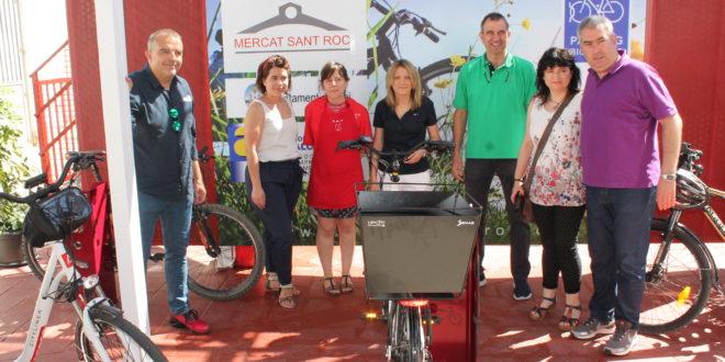 El Mercado de San Roque habilita un aparcamiento para bicicletas