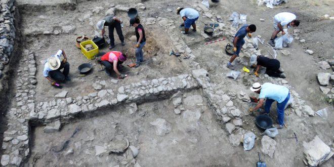 Nuevas excavaciones en el Cabeçó de Mariola