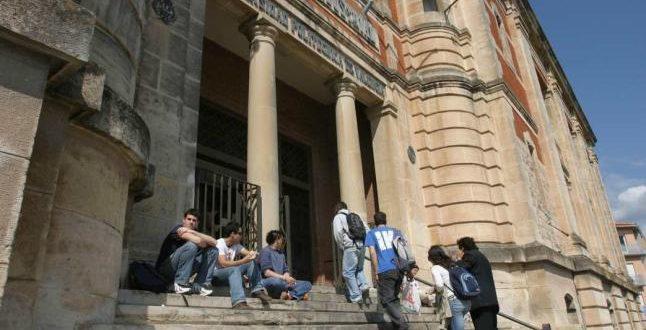 Escuela Viaducto Alcoy