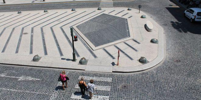 Mejoras en la accesibilidad de los pasos de peatones de la Plaza