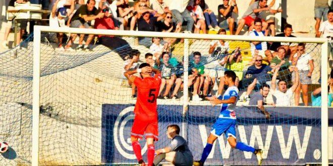 Alcoyano y Espanyol B empatan 2-2 en El Collao