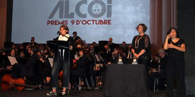 Alcoy reivindica igualdad en un 9 d'Octubre plagado de homenajes