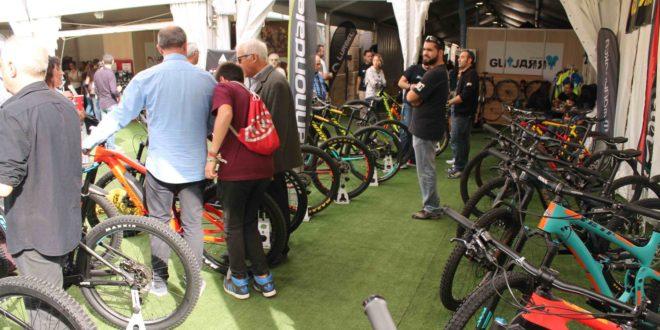 La Fira de Cocentaina mantiene el sector dedicado a los deportes outdoor