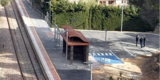 Cocentaina refuerza el servicio de trenes y autobuses para la Fira