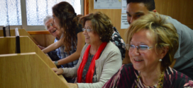 El Campus de Alcoy imparte formación solidaria para personas mayores