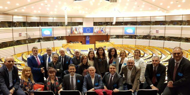 La alcaldesa de Cocentaina participó en un encuentro con parlamentarias europeas