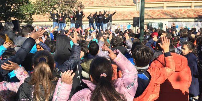 Los colegios de Alcoy se unen por la Paz
