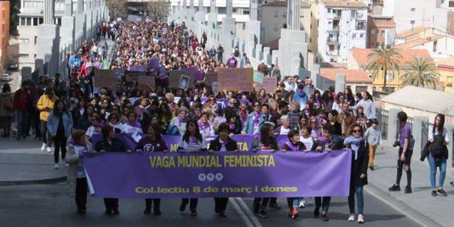 Alcoy lanza un grito en favor de la igualdad