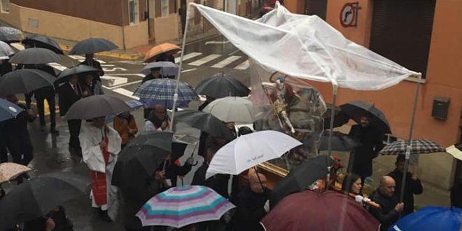 Banyeres aplaza su Entrada de Moros y Cristianos al miércoles