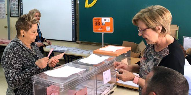 La participación a mediodía en las Elecciones del 28A supera el 47% en Alcoy