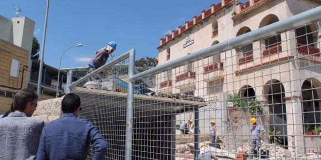 El PSOE quieren convertir el Mas Mascarella de Ferran en un albergue municipal