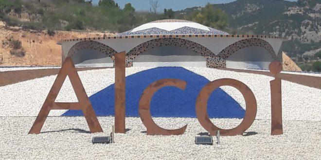 El PP denuncia la exclusión de la denominación 'Alcoy' en la rotonda de El Molinar