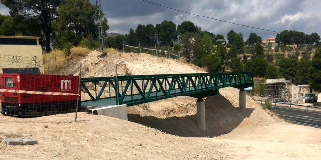 La pasarela de la Vía Verde entre Alcoy y Cocentaina toma forma