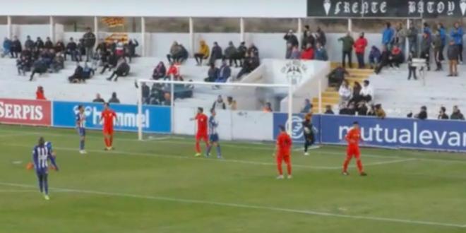 El Alcoyano empata sin goles ante el CD Alcoyano