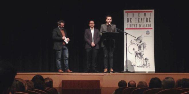 Pau Alabajos gana el 'Premi de Teatre Ciutat d'Alcoi'