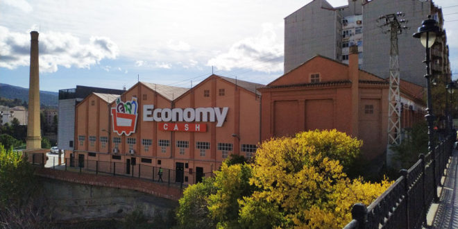 Economy Cash estrena tienda en la Alameda Camilo Sesto