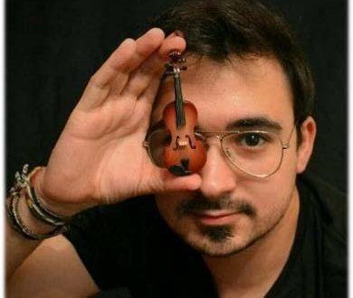 Víctor Pastor Peidró percibe la Beca de Estudios Musicales del Ayuntamiento de Alcoy