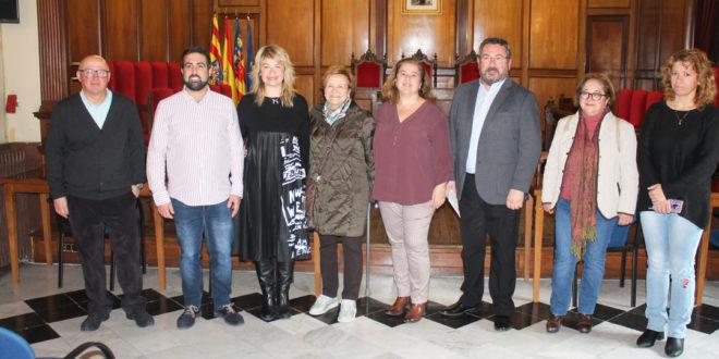 Los paqueteros reparten más de 7.000 euros entre dos entidades benéficas