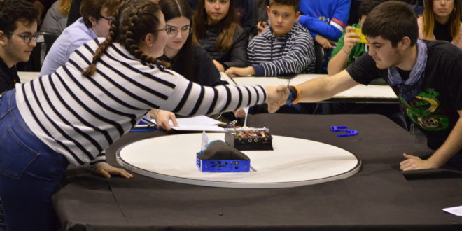 Un 20% más de participación en el VIII Concurso de Robótica Móvil del Campus de Alcoy de la UPV