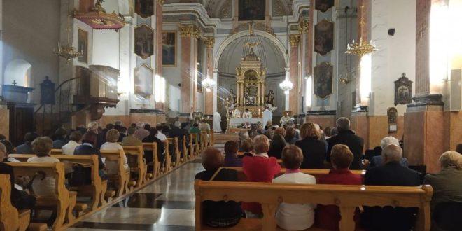 La Archidiócesis de Valencia comunica la suspensión de la celebración pública de la Misa