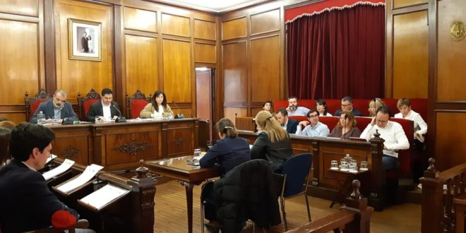 El Pleno respalda acciones para combatir la LGTBIfobia en el deporte